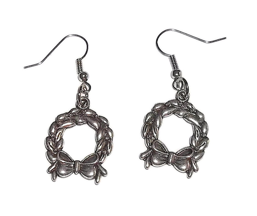 Christmas Wreath Double Sided Silver Tone Artisan Crafted Dangle Earrings