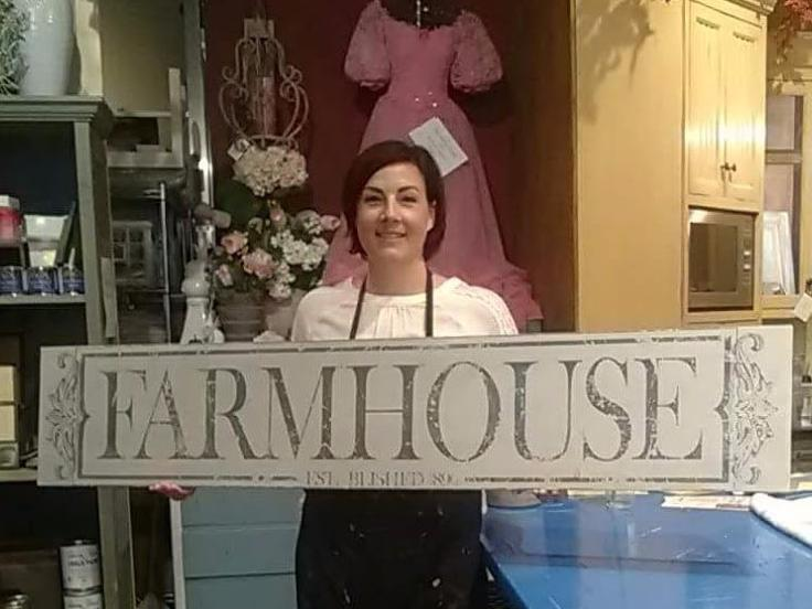 "Hand painted ""Farmhouse"" Sign"