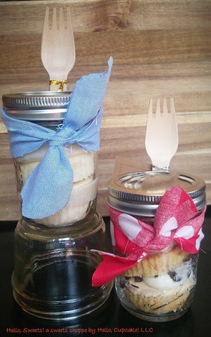 cupcakes in a jar by Hello, Cupcake!