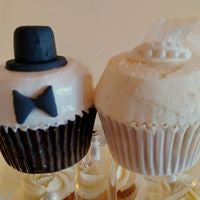 wedding cupcakes by Hello, Cupcake!