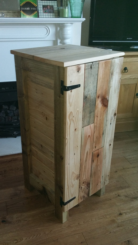 Pallet wood cupboard