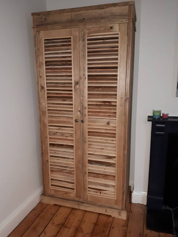 Wardrobe with Louvred doors
