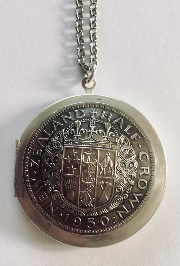 *Sale Re-minted NZ Half-Crown Large Locket