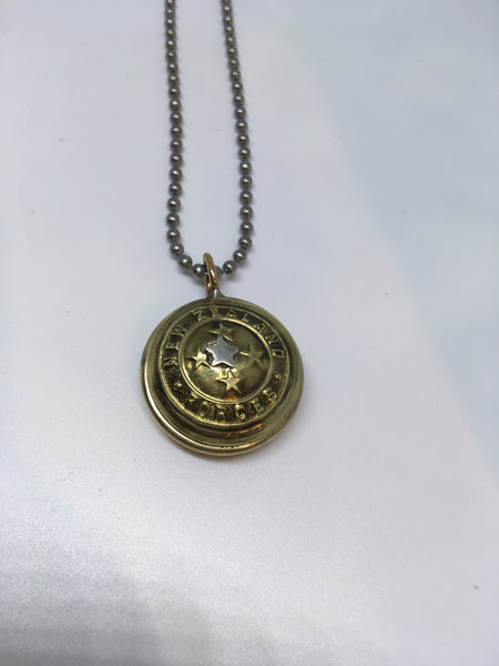 Domed Vintage Military Button Pendant with Bee or Star - Gold/Gunmetal - NEW!!