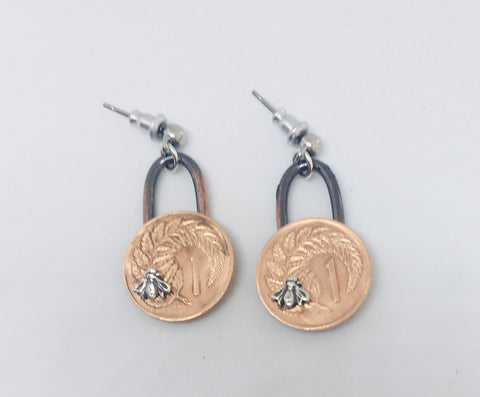 *Re-minted Coin Earrings - One Cent with Bees NEW!!