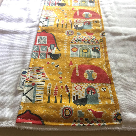 Liddle Handmade - Barnyard Burp Cloth