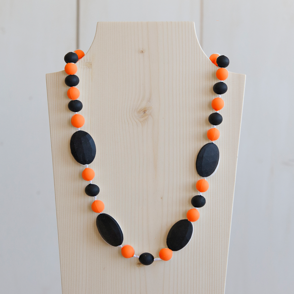 Handcrafted FCD - Teething Necklace - Black/Orange