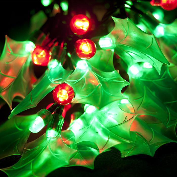 LED Holly Lights Chain - Christmas World