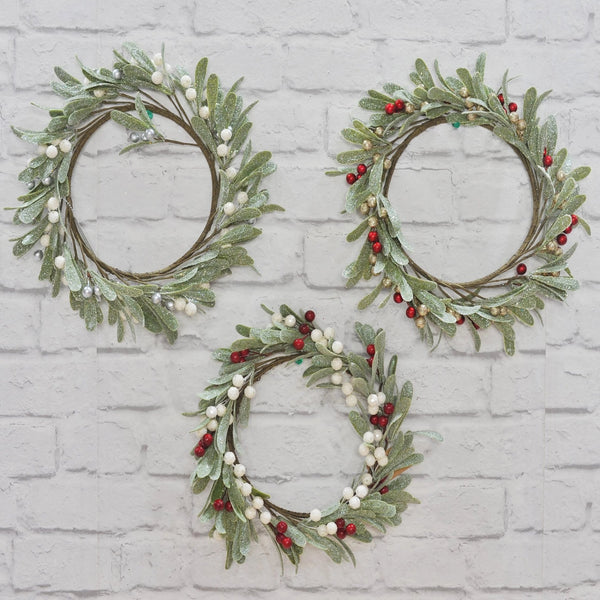 Mistletoe Wreath - 26cm