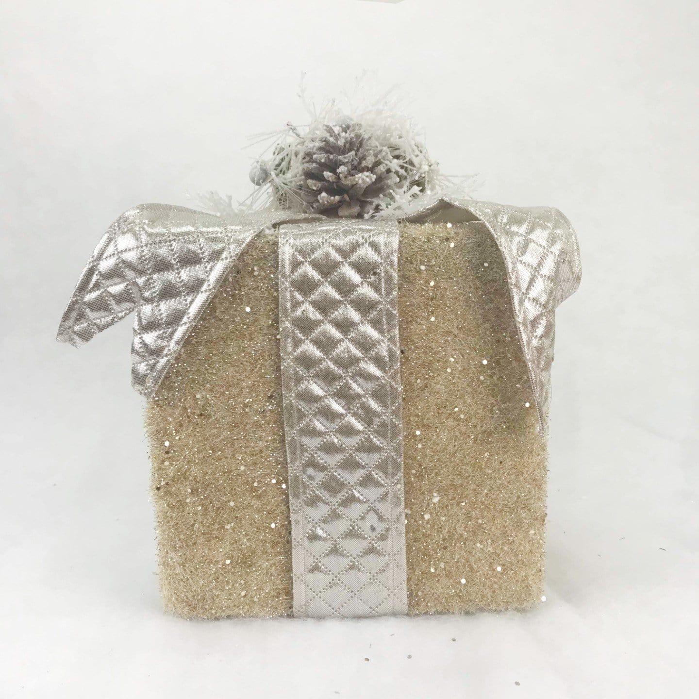 Glittering Giftbox Deco with Pinecone and Bow