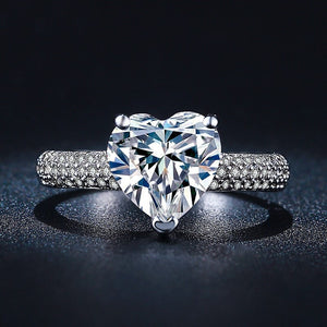 Luxury Heart Ring