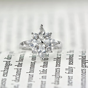 Luxury Platinum Star Ring