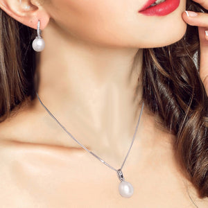 Classic Platinum Freshwater Pearl Necklace
