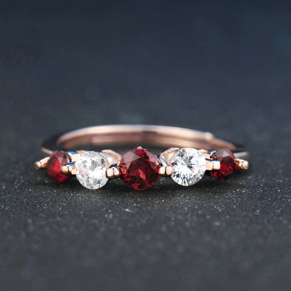 Classic Simple Garnet Ring