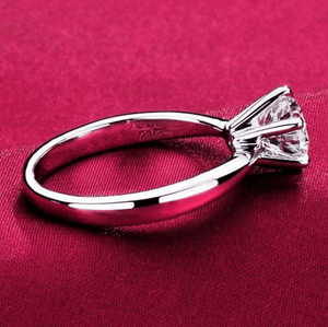 Stunning Luxury Silver Ring
