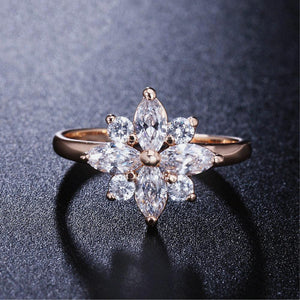 Luxury Rose Gold Star Ring