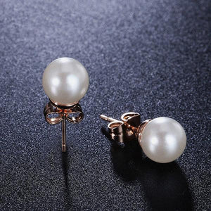 Classic Pearl Earrings