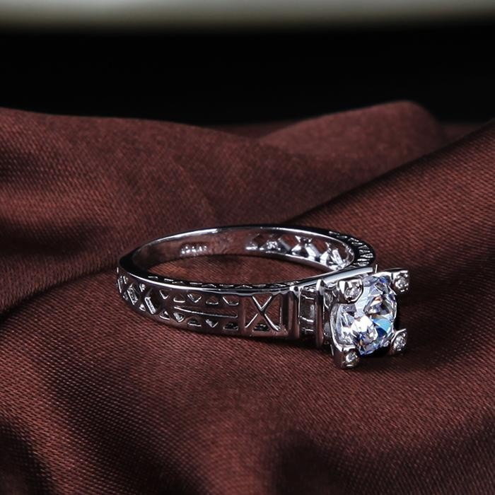Eiffel Tower Luxury Ring