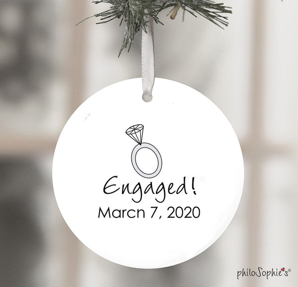 "Personalized ""Philly"" Philadelphia Engagement Wine Bottle Tag / Ornament"