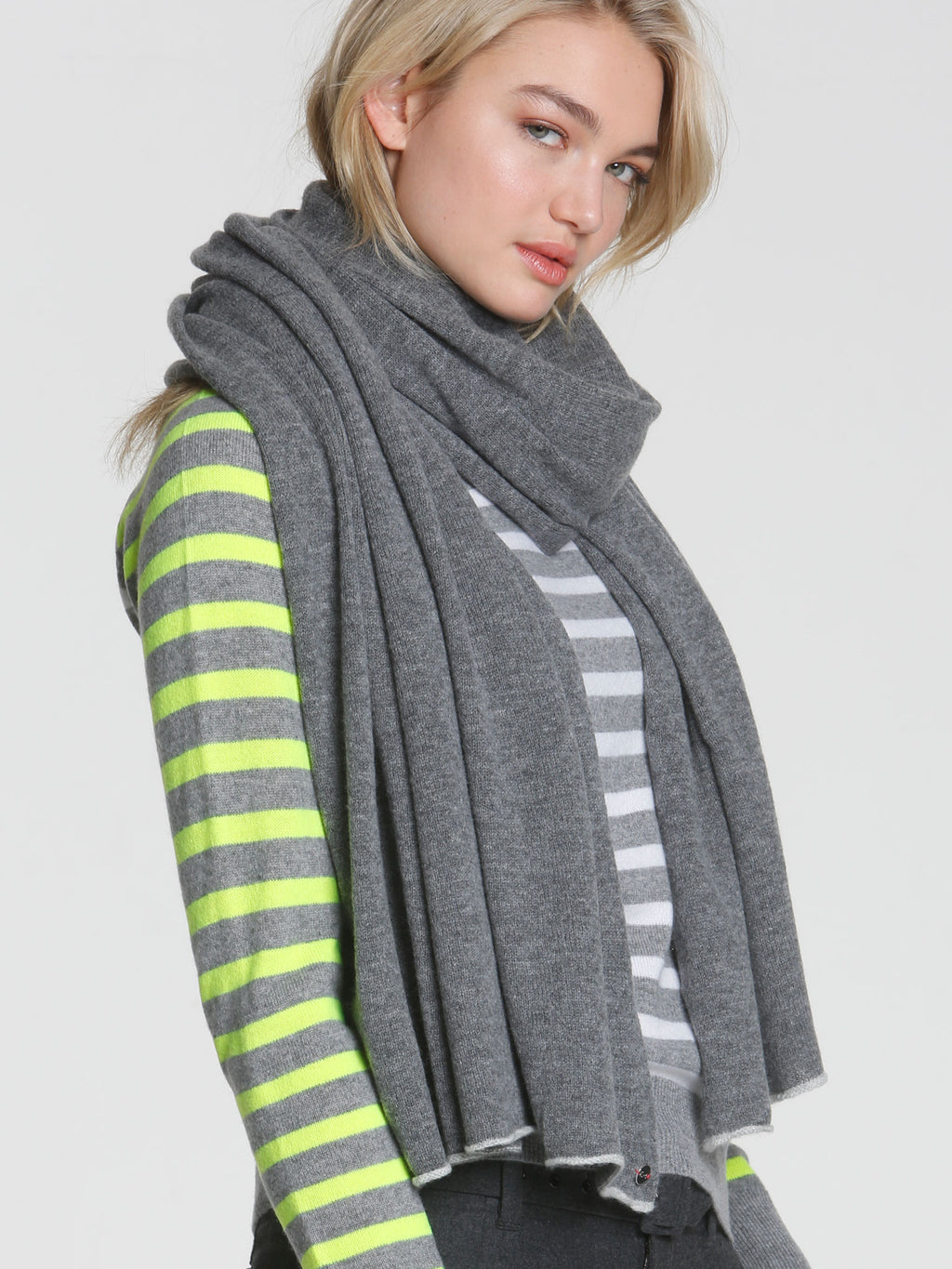 Luxe-30 Jet Wrap - Charcoal