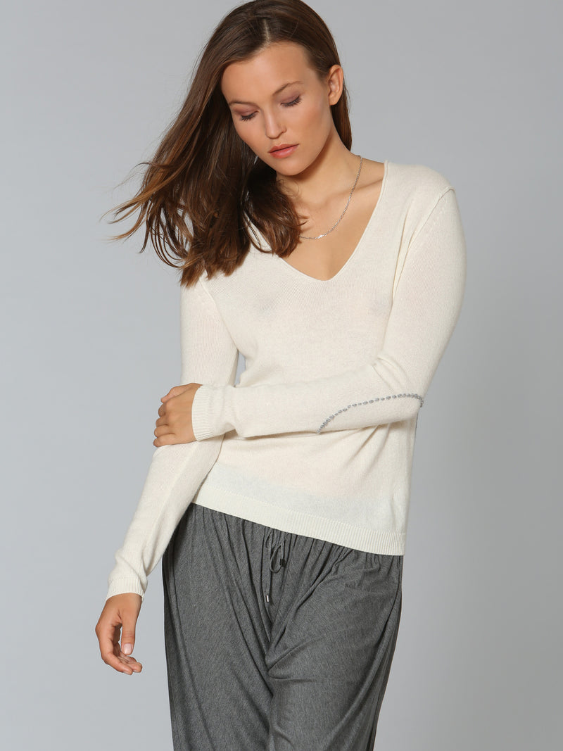 Luxe Elbow Patch Vee	- White