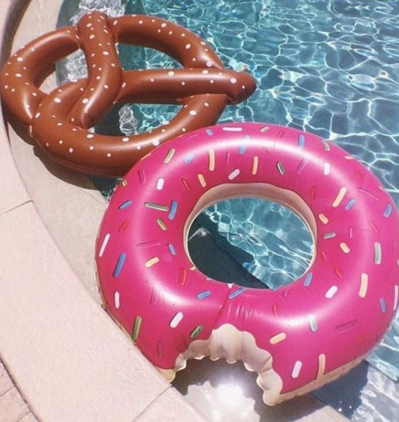 Donut Pool Float - HOME SWEET HOME + GIFTS - Free Vibrationz - Free Vibrationz - 2