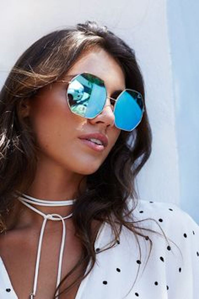 QUAY Kiss And Tell Sunglasses Blue - ACCESSORIES - QUAY AUSTRALIA - Free Vibrationz - 1