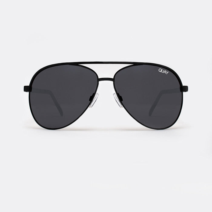 QUAY Vivienne Black Sunglasses - ACCESSORIES - QUAY AUSTRALIA - Free Vibrationz - 2