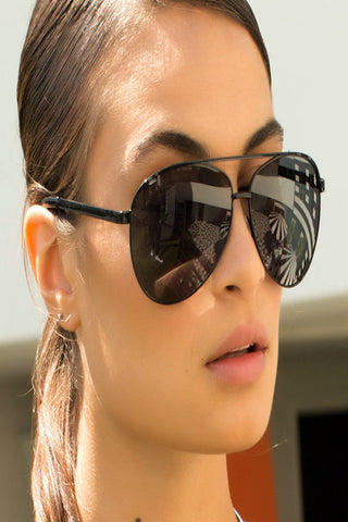 QUAY Vivienne Black Sunglasses - ACCESSORIES - QUAY AUSTRALIA - Free Vibrationz - 1