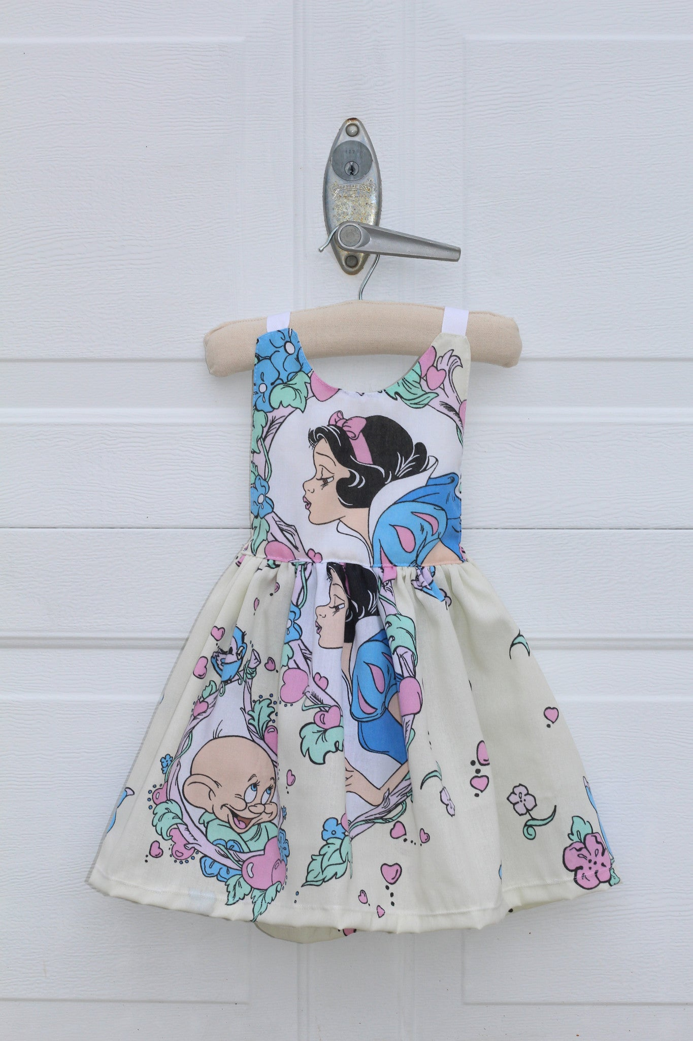 VINTAGE SNOW WHITE Tie-Back Dress