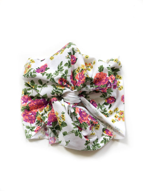 WHITE CHARTREUSE FLORAL Bow Wrap