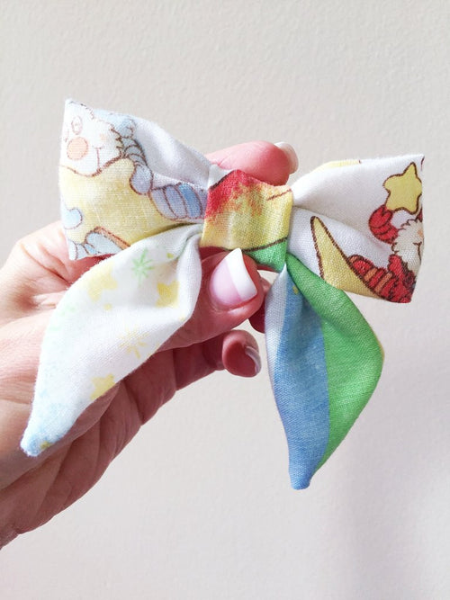 VINTAGE RAINBOW BRITE Blakely Bow
