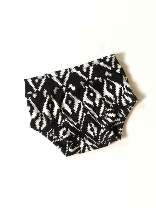 BLACK & WHITE IKAT Unisex Bummies