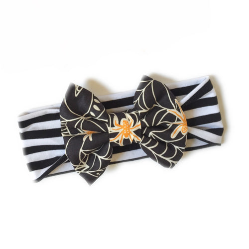 SPOOKY SPIDERS Classic Bow