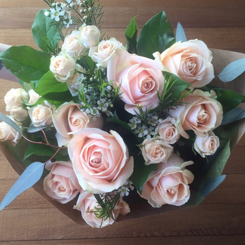 Soft peach Rose bouquet