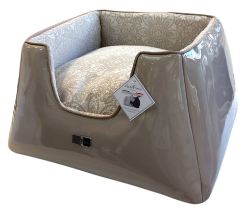 Truncated Pyramid Dogbed - VITTORIA BEIGE/JACQ LACE