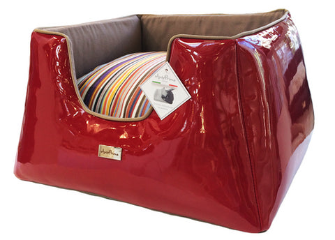 Truncated Pyramid Dogbed - VITTORIA RED/COLOR STRIPES