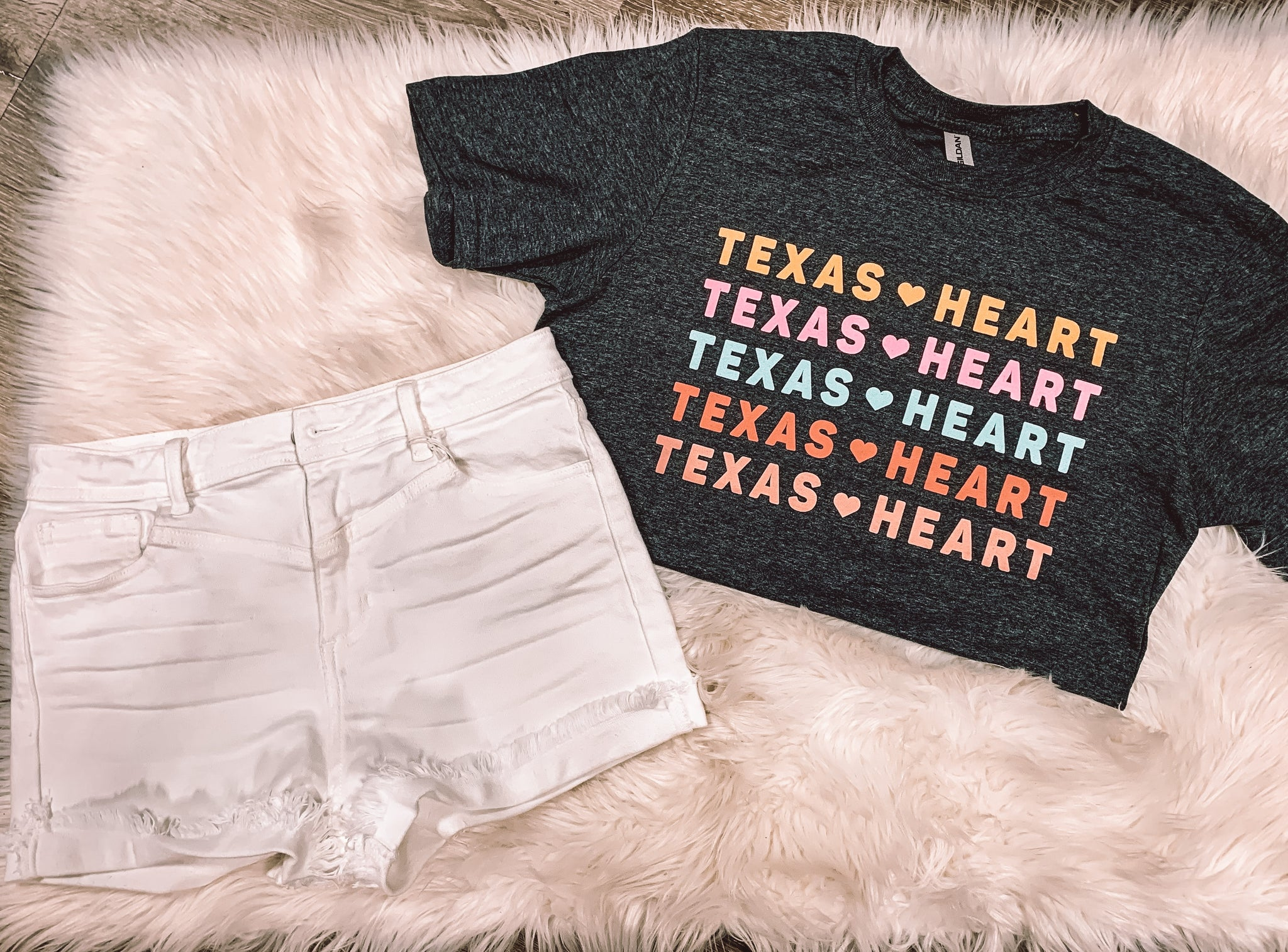 Texas heart logo tee