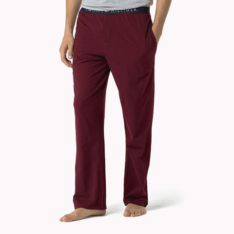 Tommy Hilfiger's Super Soft Men's Trousers - Burgundy