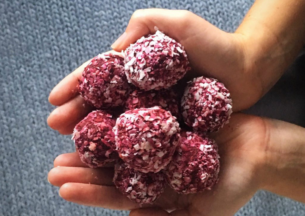 La Luna Rose Recipes - Delicious Beetroot Bliss Balls