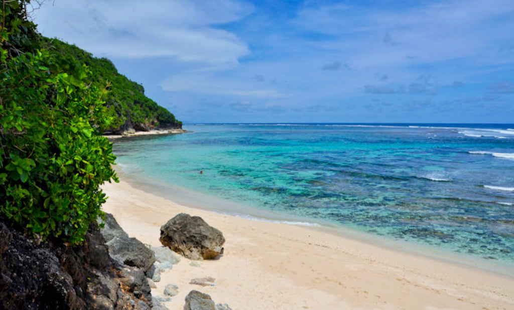 Bali Bucket List of beaches - Green Bowl beach on the Bukit Peninsula