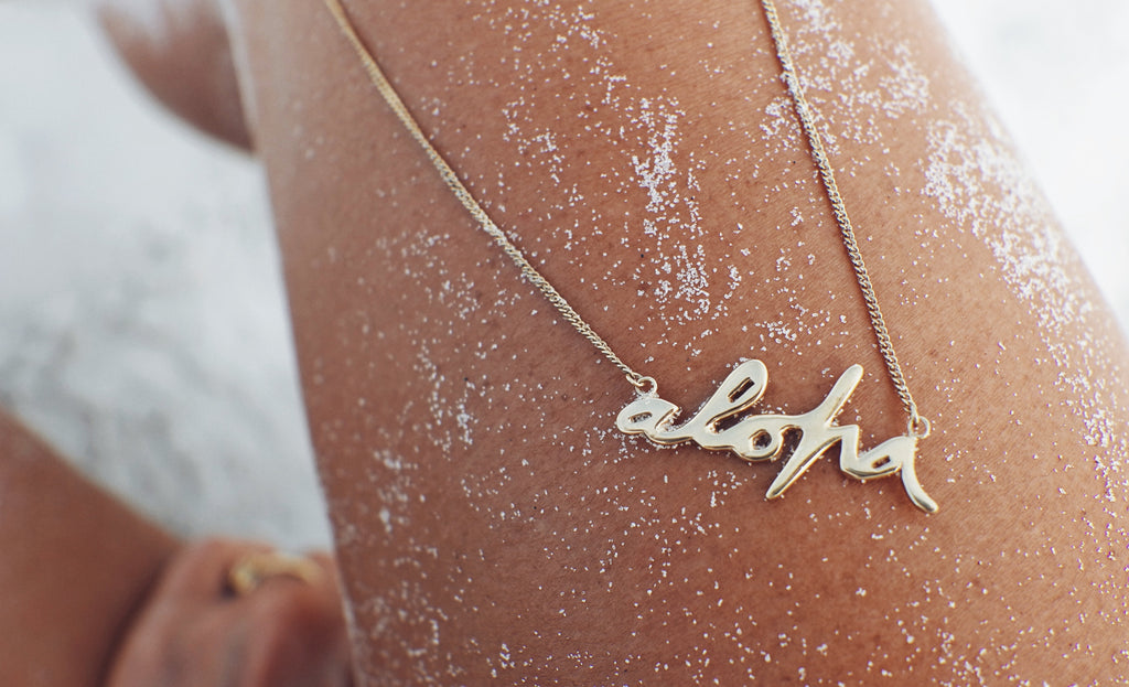 Goldfish Kiss x La Luna Rose Necklace Collaboration Aloha