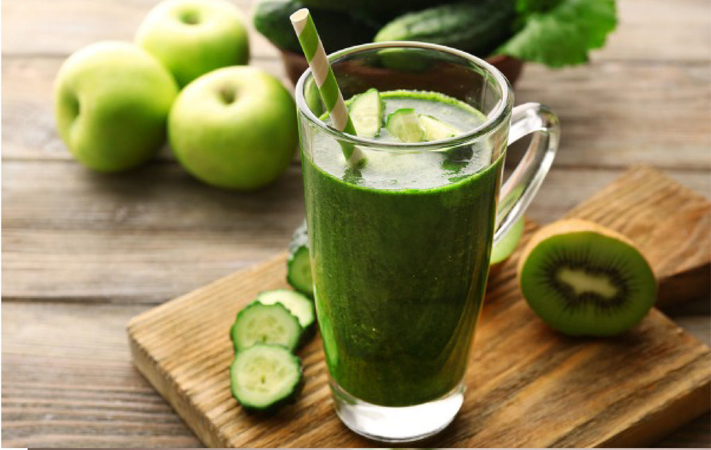 Delicious Green Smoothie Recipe with Banana Mango and Spinach