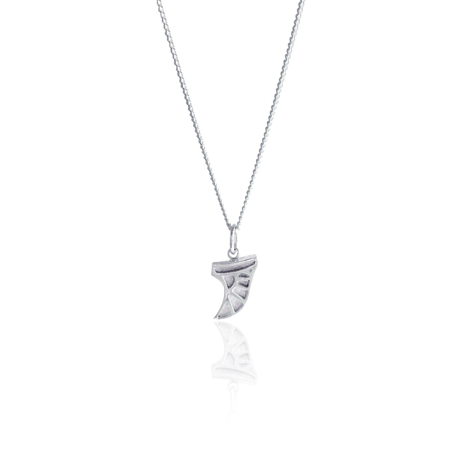 GOLDFISH KISS x LUNA & ROSE SURF FIN NECKLACE (Silver)