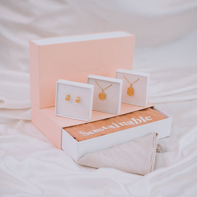 Accessories Lover Gift Bundle - Gold