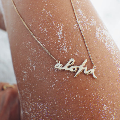 La Luna Rose x Goldfish Kiss Aloha Gold Necklace made from Recycled Sterling Silver