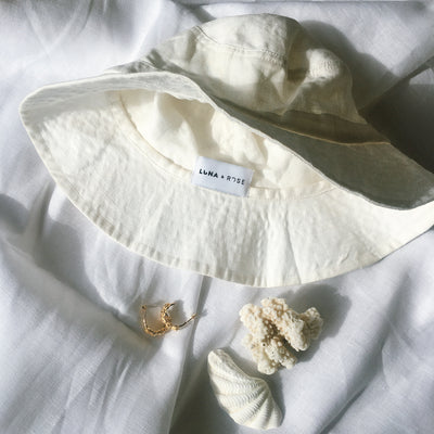 Luna & Rose Bronte Bucket Hat - Off white Linen