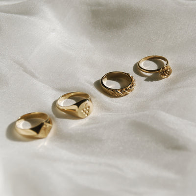 Del Carmen Twisted Hoop Ring - Gold