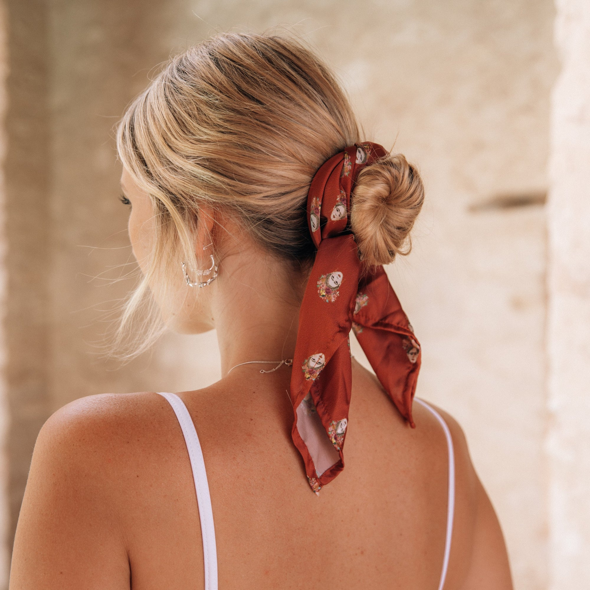 MINI MAGDALENA NECK SCARF - VELVET RED