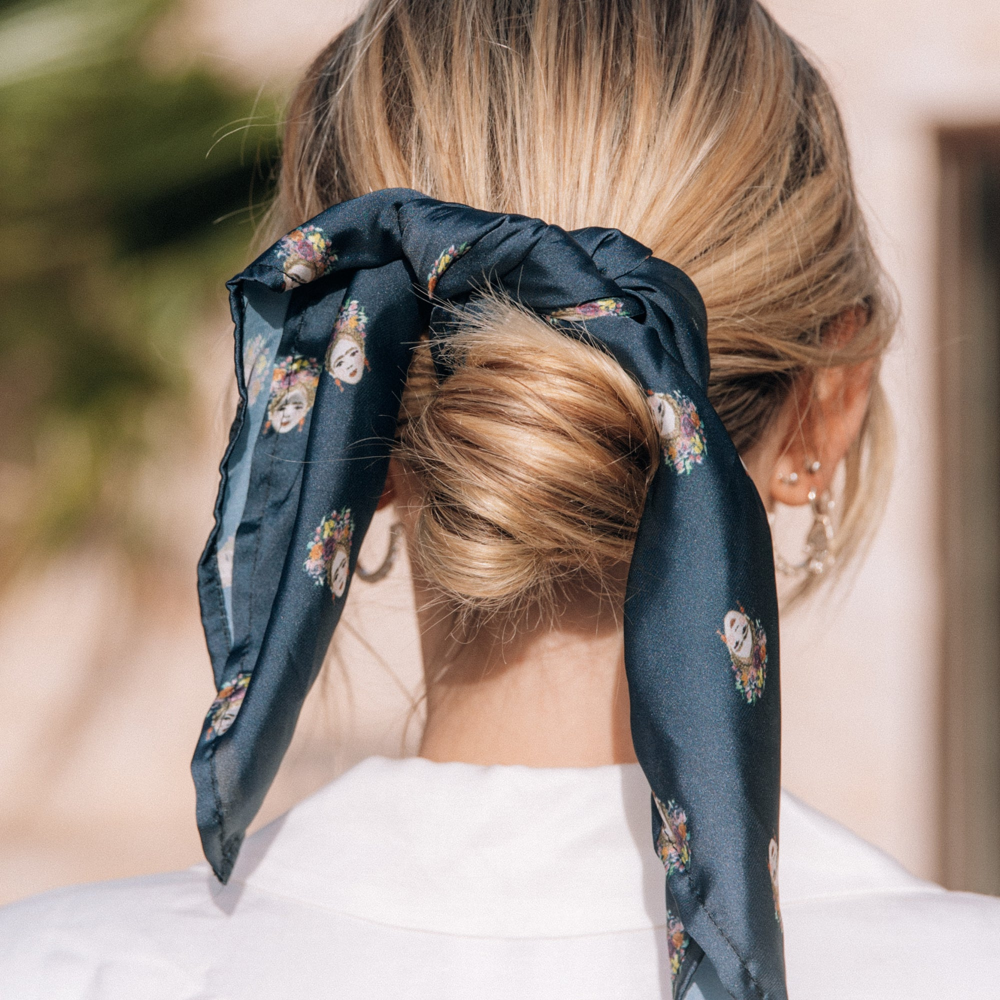 MINI MAGDALENA NECK SCARF - DEEP SEA BLUE